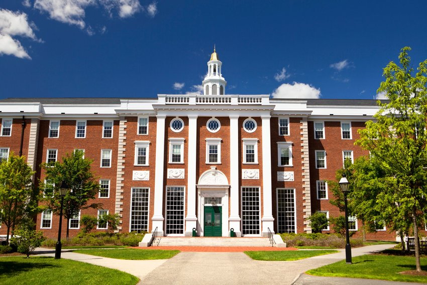 10 Oldest Colleges in the U.S.
