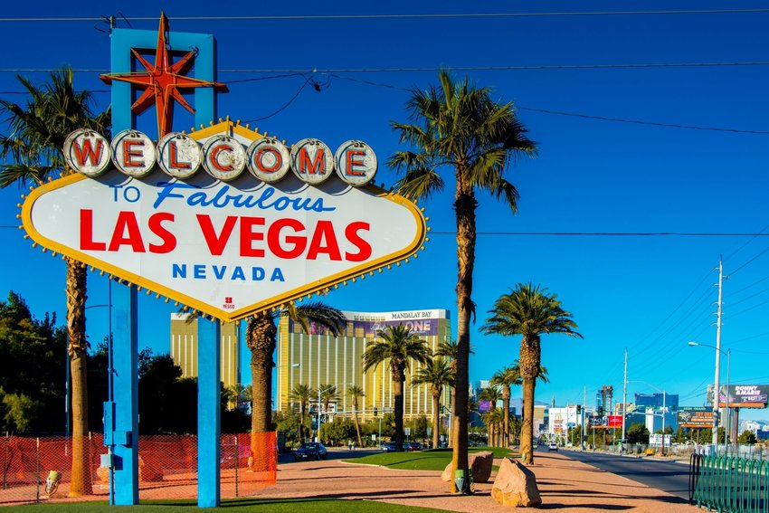 5 Oldest Hotels on the Las Vegas Strip