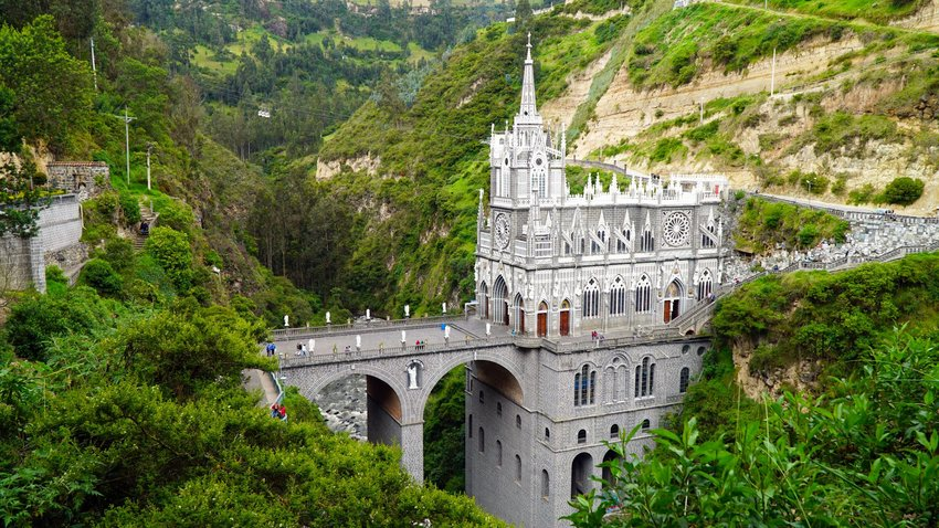 5 of the Most Stunning Churches from Around the World