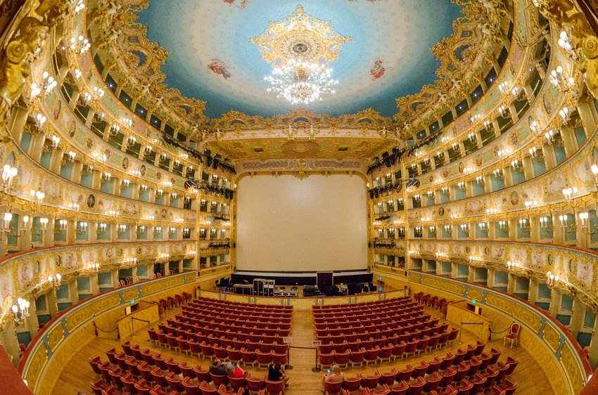 5 Most Beautiful Theaters in the World