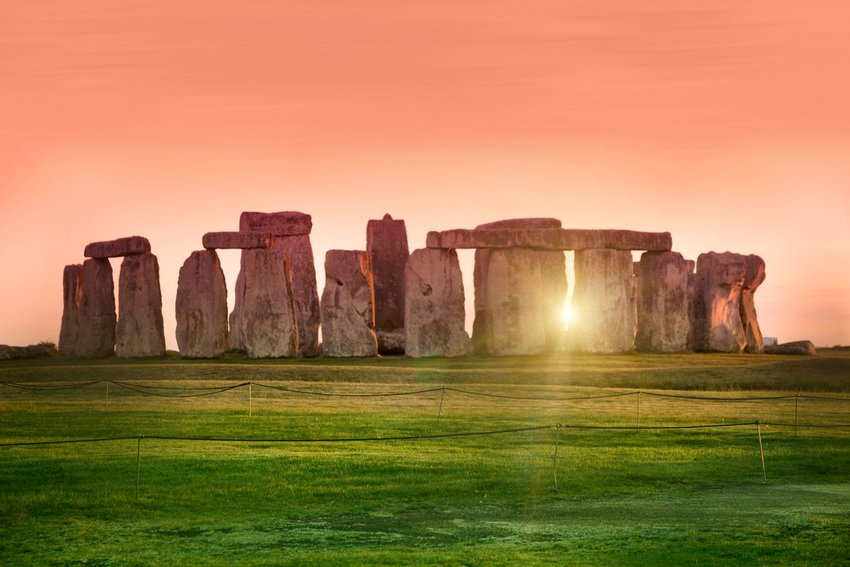 Stonehenge, Demystified: Your Guide to the Eerie English Monument