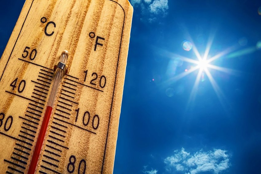 Fahrenheit vs. Celsius: Who Uses What (& Why)