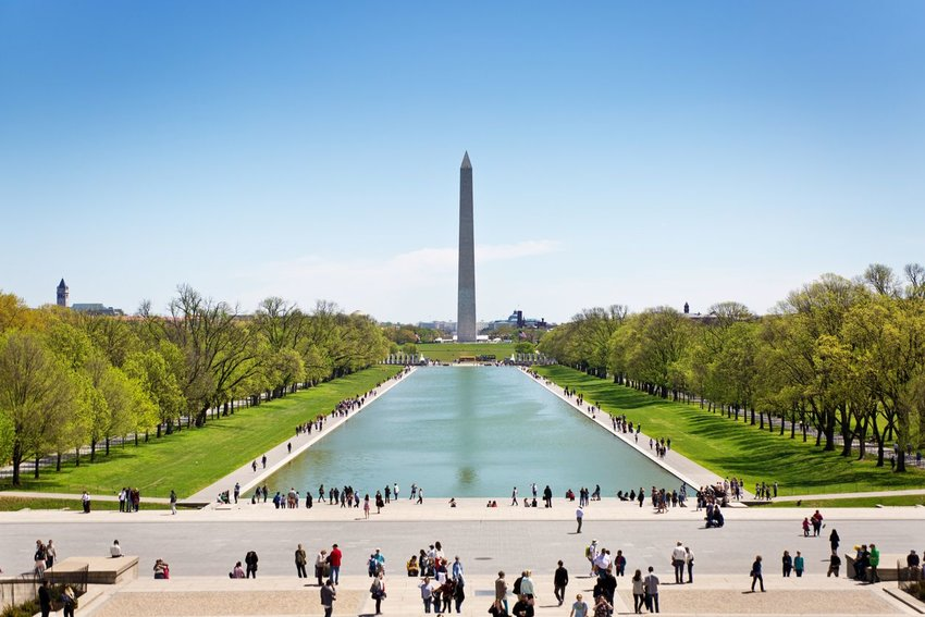 The Washington Monument, a popular tourists attraction