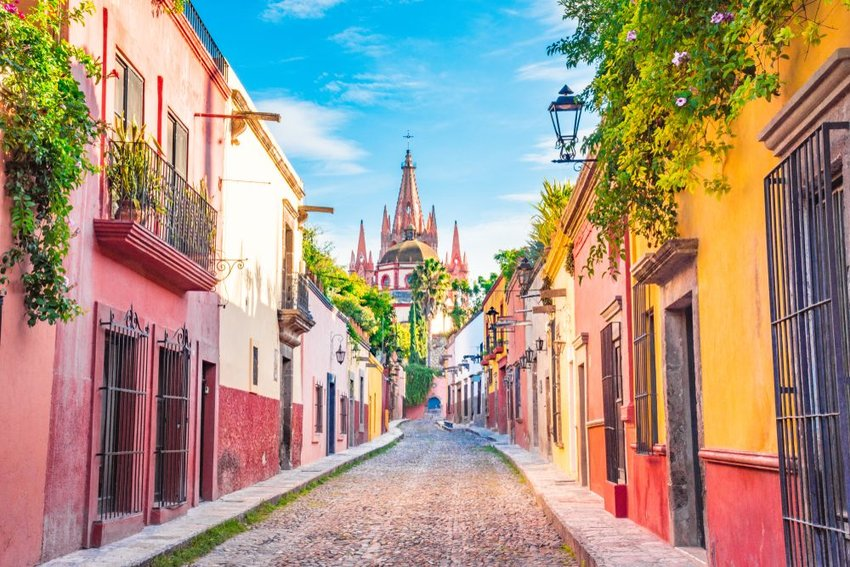 Beautiful streets and colorful facades of San Miguel de Allende in Guanajuato