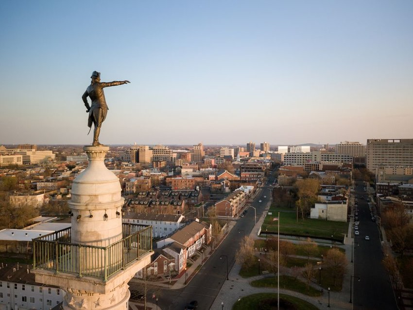 Aerial view of iconic statue and buildings in Trenton, New Jersey