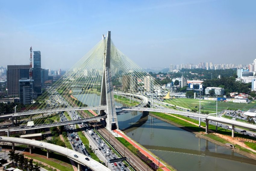 Estaiada Bridge with traffic below and buildings behind