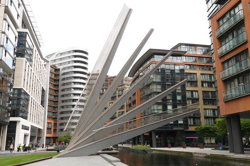 The Fan Bridge in London, England